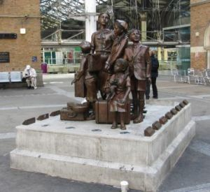 Kindertransport - Liverpool St Station